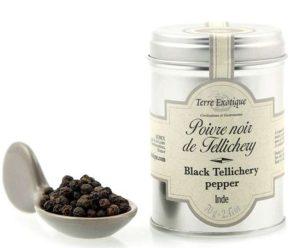 Pimienta negra de Tellichery en grano